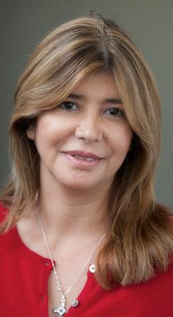 Elena Leon